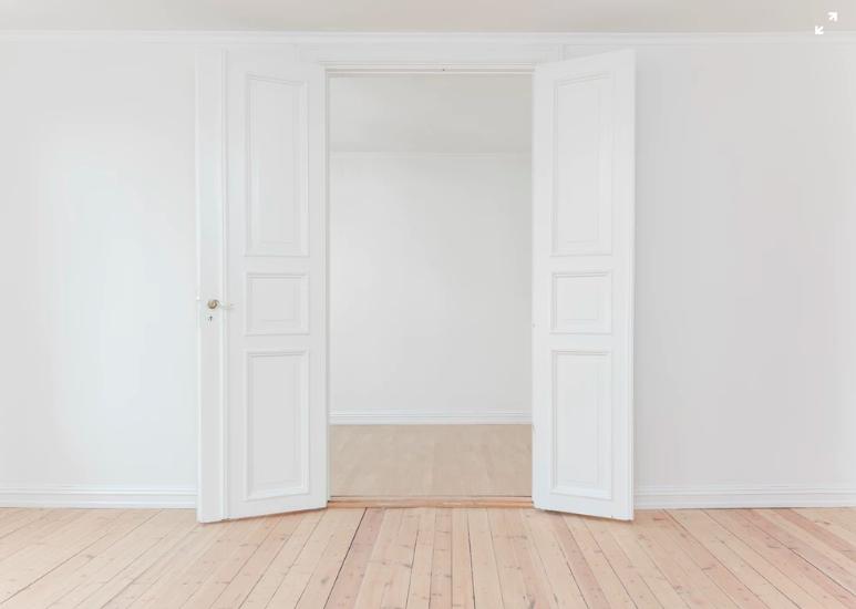 efter gymnasiet flytta hemifrån, öppna vita dörrar