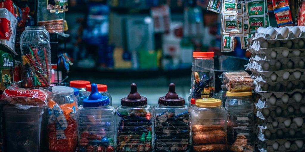Utländsk kiosk, typisk kiosk som finns vid stränder om somrarna.