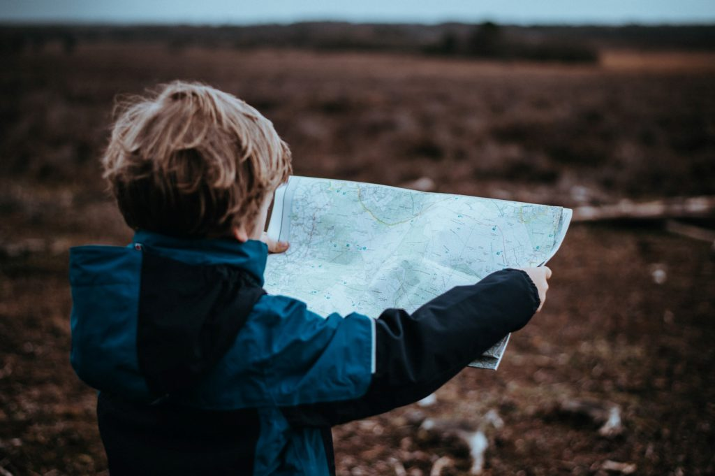 Ett barn som växt upp med fri uppfostran har tendensen att pusha sig själv för långt