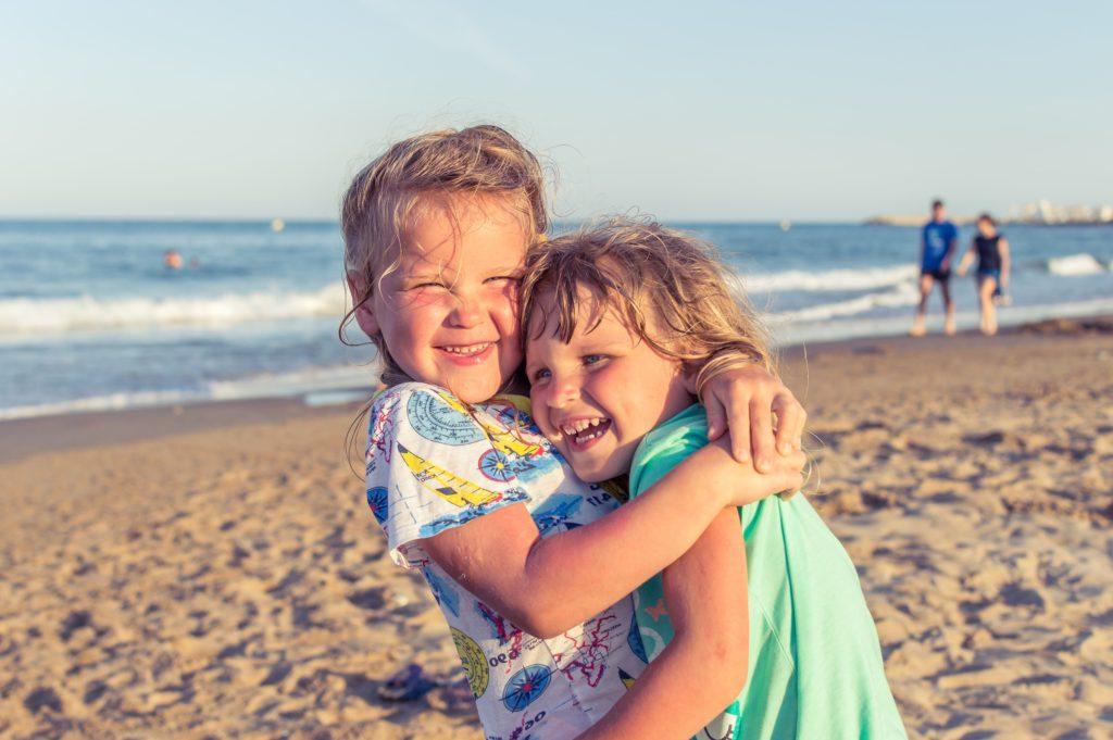det är viktigt att syskonbråk löser sig och inte blir till något större över tid